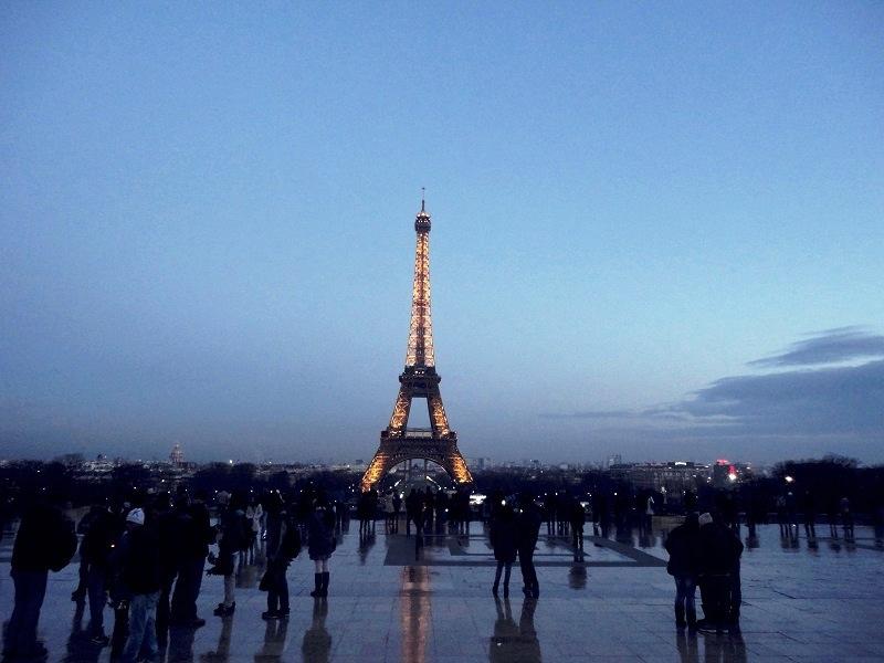 Eiffel-Kulesi1