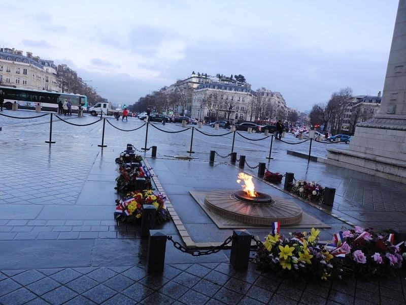 Paris41