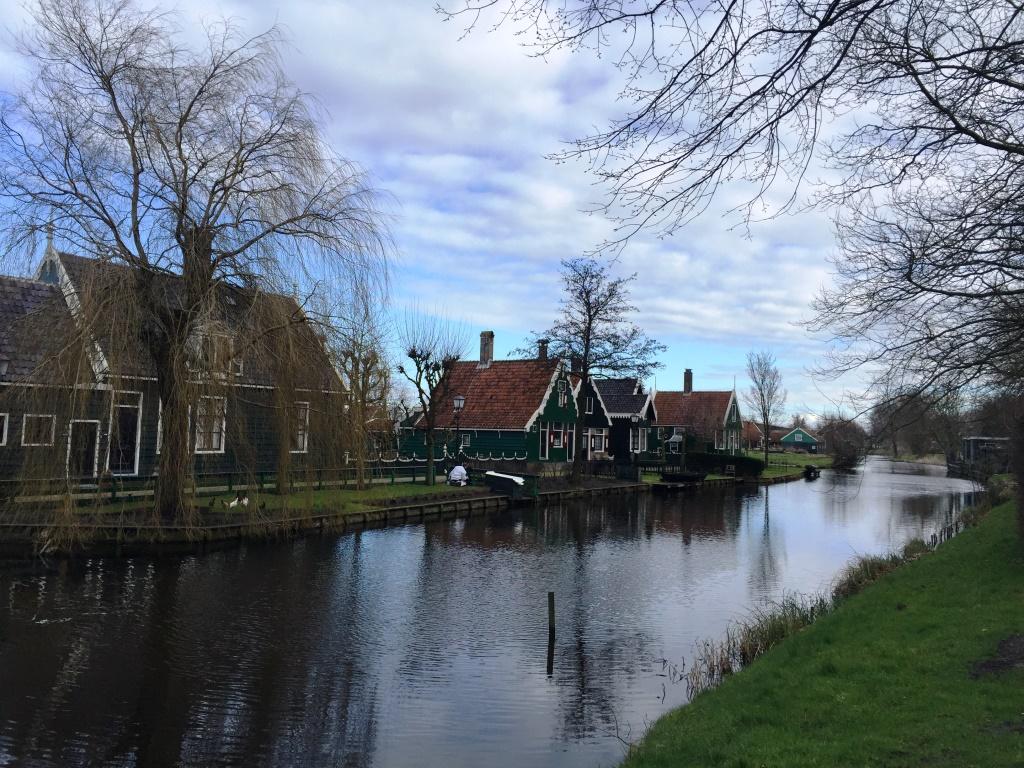 amsterdam-evleri-neden-yamuk